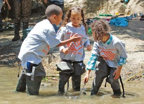 kids-in-stream-Guadalupe-River-Park